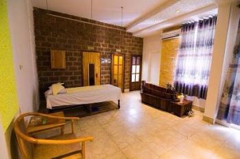Bán khách sạn 2 sao đẳng cấp phường Ghềnh Ráng, DT 12.5x20m, 26 phòng khách sạn và massage 22 tỷ