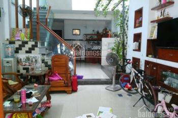 Bán nhà 2 tầng đường Phan Nhu, DT: 64m2, đường 5m5, 2PN, gần biển, giá 3,2 tỷ