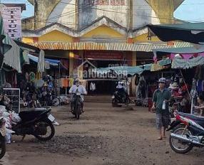 Bán gấp đất Quốc Lộ 13 ngay chợ Minh Hưng, Bình Phước, SHR giá 700tr/250m2. LH: 0902.462.412
