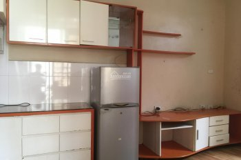 Chính chủ cho thuê nhà riêng 3 tầng tại ngõ Núi Trúc, 30m2x3 tầng, giá 8 triệu/tháng