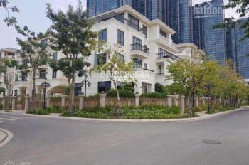 Định cư nước ngoài cần bán gấp biệt thự Ba Son Quận 1 - DT 325m2, có nội thất, giá tốt 0977771919