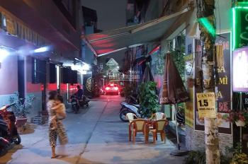 Cần sang quán cafe mặt tiền góc hẻm, Lk 5 - 6 bhh b. Bình tân quán đang bán với lượng khách ổn định