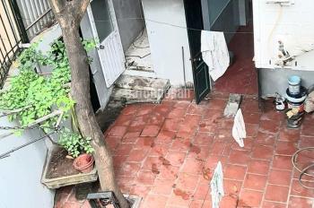 Bán nhà sân vườn Ngọc Hồi, 110m2, mặt tiền: 21m, ô tô vào nhà, giá 2.9 tỷ, LH: 0971946899