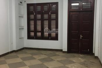Cho thuê nhà ngõ Hồ Tùng Mậu 75m2 x 5T