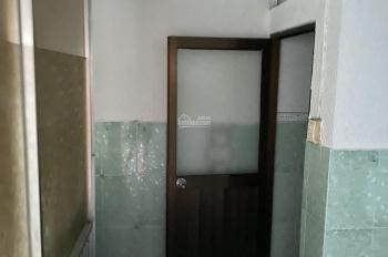 Kẹt tiền cần bán căn nhà Đinh Tiên Hoàng quận Bình Thạnh giá 4tỷ2. LH 0972621212