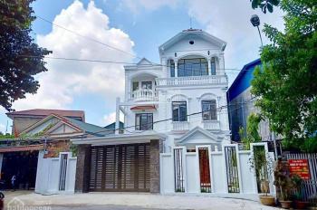 Mua nhà tặng biệt thự tại khu dân cư cao cấp Phan Đình Phùng, đã có đầy đủ nội thất