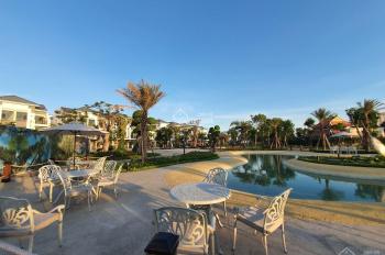 Nhà mới xây thiết kế rất đẹp - có hồ bơi - công viên - Gara ô tô - khôn gian sống xanh mát