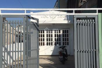 Nhà cấp 4, 225m2 (5x45m) mặt tiền Quốc Lộ 13 Hiệp Bình Phước, sát khu đô thị Vạn Phúc, giá 15 tỷ