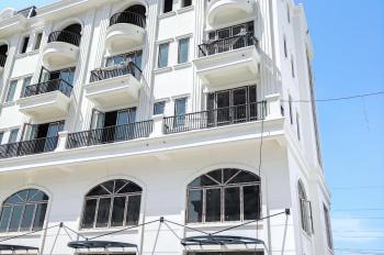 Cần bán căn shophouse ngoại giao giá tốt 2 mặt tiền, cạnh Vinhomes Riverside, liên hệ: 0888305594
