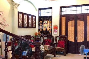Bán nhà 3 tầng mặt ngõ Nguyễn Đức Cảnh, ô tô đỗ cửa. Giá 4 tỷ