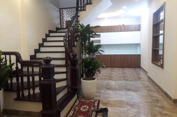 Bán nhà 5 tầng đẹp tại khu Âu Cơ - Tây Hồ - Hà Nội, DT 50m2, MT 4.5m, giá 6 tỷ 5 TL. LH 0963906328
