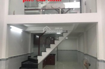 Bán nhà quận Tân Bình. HXH ngủ trong nhà, đường Lạc Long Quân