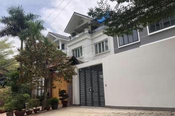 Cho thuê nhà ngay UBNDQ2 biệt thự Hà Đô đường 40m 8x20m giá 40tr, BT đơn lập đường 20m 480m2 45tr