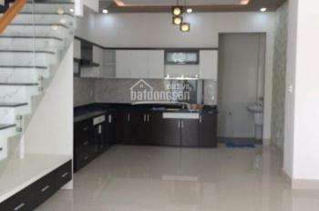 Bán nhà mặt tiền quận Phú Nhuận trệt 4 lầu, ngang 4.4m dài 15.5m, giá 10.3 tỷ