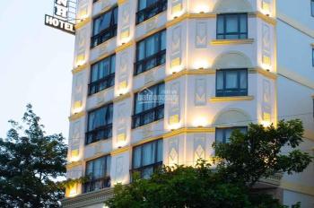 Cần bán gấp khách sạn 3 sao, quận 7, 53 phòng, giá tốt đầu tư. LH 0909 415 499