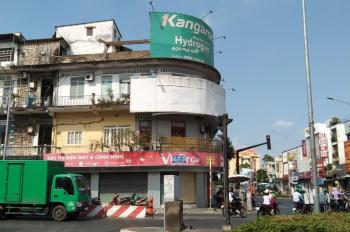 Cho thuê căn góc hai mặt tiền đường Bạch Đằng, 17x15m, đối diện chợ Bà Chiểu, chỉ 130 triệu/tháng