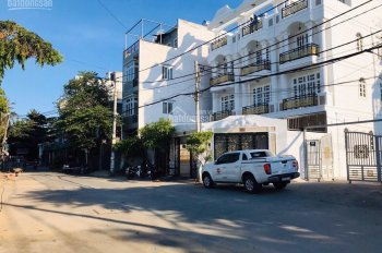 Bán nhà 4 tầng, DT 90m2, ngay khu vip ven sông, gần TTTM Giga Mall Phạm Văn Đồng, giá 8.9 tỷ