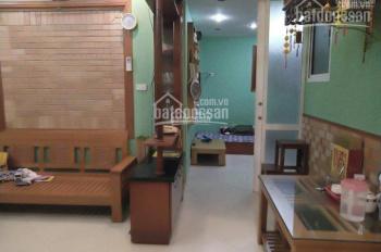 Chính chủ cần tiền bán gấp căn hộ tập thể 3 phòng ngủ giá cực rẻ tại Đống Đa, LH 0983511835