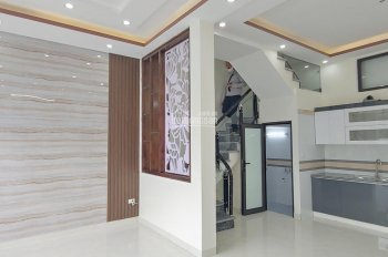 Nhà 3 tầng thiết kế hiện đại ngõ hơn 2m cực nông tại Phương Lưu. LH 0936.969.828