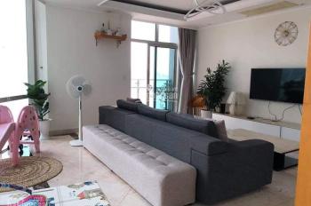 Bán căn hộ 140m2 3PN view Nha Trang Center / 7.8 tỷ, chính chủ có sổ hồng. Liên hệ Trung 0937348868