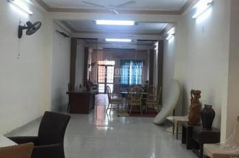 Cho thuê nhà nguyên căn mặt tiền đường Hoàng Văn Thụ ngang 5m dài 24m, 4 tầng thông suốt