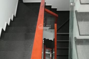 Cho thuê nhà đẹp MT Lê Thiệt 4x20m, 4 lầu, giá rẻ mùa dịch 22tr/th