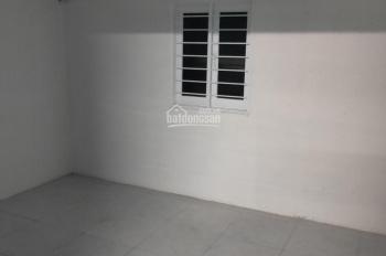 Cho thuê nhà hẻm 5m đường Thái Phiên, P. 8, Q. 11. DT: 3.5x10m, 2 lầu 3PN 2wc, giá 10tr/th