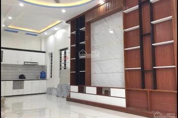 Chính chủ bán gấp nhà trong ngõ Trung Hành - cách mặt đường 10m - giá chỉ 1.85 tỷ - LH 0901560000