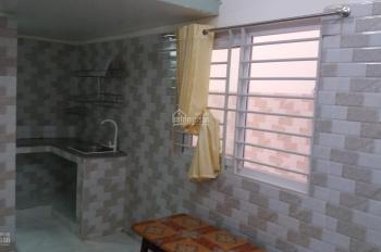Phòng trọ đẹp, tiện nghi có gác ở quận Tân Phú, lh: 0988511306