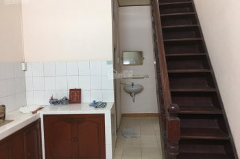 Chính chủ cho thuê nhà nguyên căn 4tr/ tháng tại Phương Sài, Nha Trang LH 0905366262