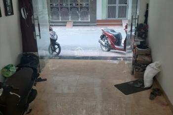 Bán nhà 4 tầng 50m2 phố Ngọc Lâm, kinh doanh, ô tô 7 chỗ đỗ trong nhà, LH: 0382338939