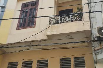 CC bán nhà 3T khu đô thị Mỗ Lao Hà Đông, Hà Nội dt 34m2, mt 4m, Tây Nam giá 2.5tỷ. LH 0982889416