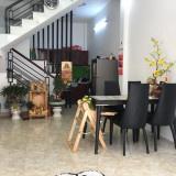 Bán nhà 4x8m, 1 lầu, 2PN, hẻm ba gác đường Bông Sao, P. 5, Q. 8. LH 0901364736