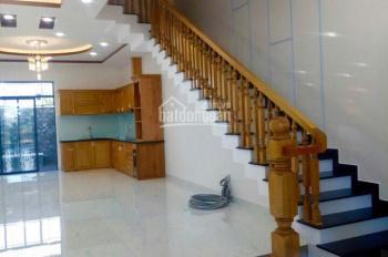 Cho thuê nhà, 4 phòng ngủ, mặt đường Số 17, Hà Quang 2, Nha Trang, Khánh Hòa