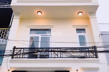 Bán nhà Bình Chánh, 1 trệt, 2 lầu, đường Vườn Thơm, giá 2.5 tỷ
