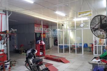 Cho thuê mặt bằng mặt phố Vũ Hữu - gần ngã tư Lê Văn Lương 180 m2 MT 6m, 18 triệu