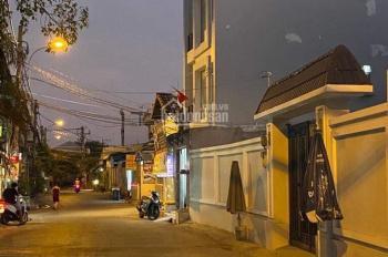 Bán nhà đường Đình Phong Phú, P. TNP B Quận 9, DT: 5x11m, trệt 2 lầu, thu nhập 15 - 20tr/tháng
