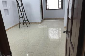 Cho thuê nhà mới mặt tiền sầm uất 100 Tân Hương, Q Tân Phú, 4x25m, 3.5 tầng