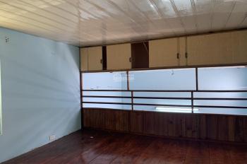 Cần bán nhà trong ngõ 270 Lê Lai