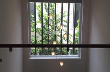 Cho thuê biệt thự full đồ cực đẹp tại KĐT Việt Hưng, Long Biên, DT: 200m2, giá: 27tr/tháng