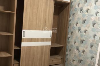 Cho thuê căn hộ 2 phòng ngủ 71m2 khu Emerald nội thất đầy đủ, máy lạnh, view nội khu và hồ bơi
