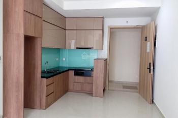 Cho thuê căn hộ 2 phòng ngủ 71m2 khu Emerald, nội thất cơ bản, máy lạnh, tủ kệ bếp, đèn rèm nhà mới