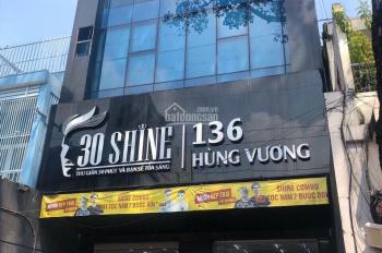 Cho thuê góc 2 mặt hẻm 6m thông xe hơi Đường Cao Thắng Q3, 13x20m, 2 lầu có sân vườn giá 70tr/th