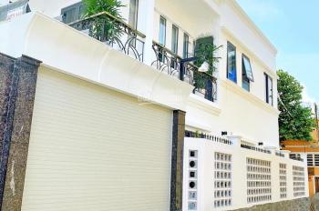 Chính chủ chuyển công tác cần bán gấp biệt thự mới xây tuyệt đẹp HXH Trần Xuân Soạn, P. TTT, Q7