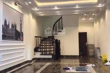 Nhà 39m2 ô tô vào nhà ngay phố Sài Đồng cách Aeon 500m, giá 4 tỷ
