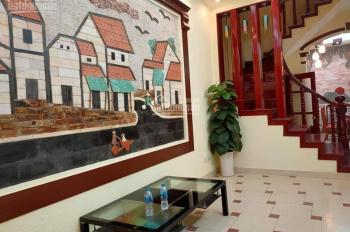 Cần tiền nên gấp nhà tại Nguyễn Khang, Hà Nội. Vị trí trung tâm quận Cầu Giấy, nhà thiết kế đẹp