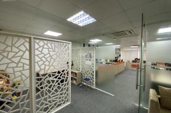 Cho thuê văn phòng ngay ngã tư Nguyễn Trãi - Nguyễn Xiển, 110m2/tầng. Thông sàn
