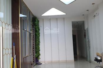 Cho thuê nhà mặt tiền Cao Thắng, quận 10, TP HCM
