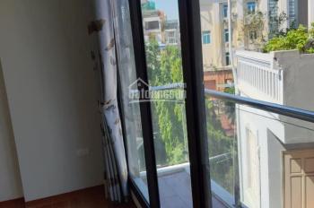 Bán nhà 4 tầng phố Cát Linh, Giảng Võ, 40m2, nở hậu, khu yên tĩnh, dân trí cao, ngõ thoáng(3.8 tỷ)
