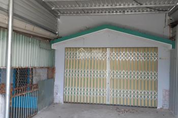 Cần bán gấp căn nhà tại KDC Hoàng Gia DT 4x18m, giá 800tr sổ riêng chờ sổ đường 4m bao sang tên